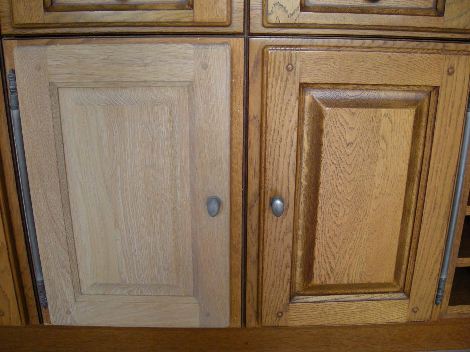 Eiken Keuken Beitsen : Zandstralen en beitsen van keukendeurtjes Renovatie van