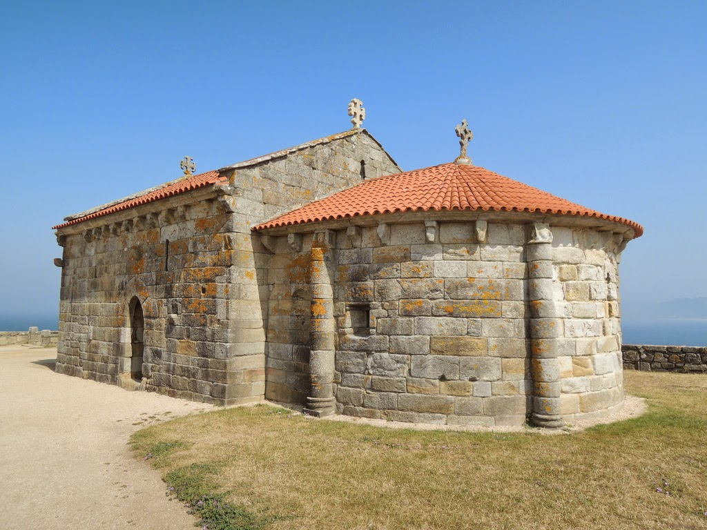 Arena de galicia playa a lanzada for Arquitectura medieval