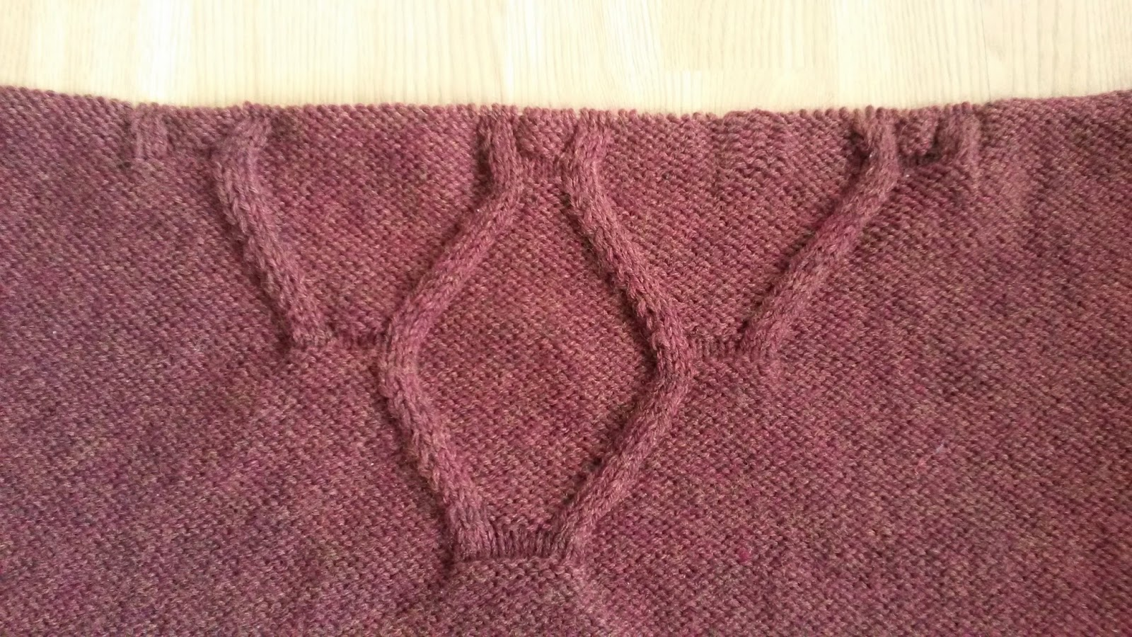 central motif of knitted ruana by Mrs U Makes