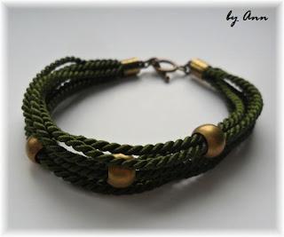 bransoletka sznurek skręcany zieleń złote kulki