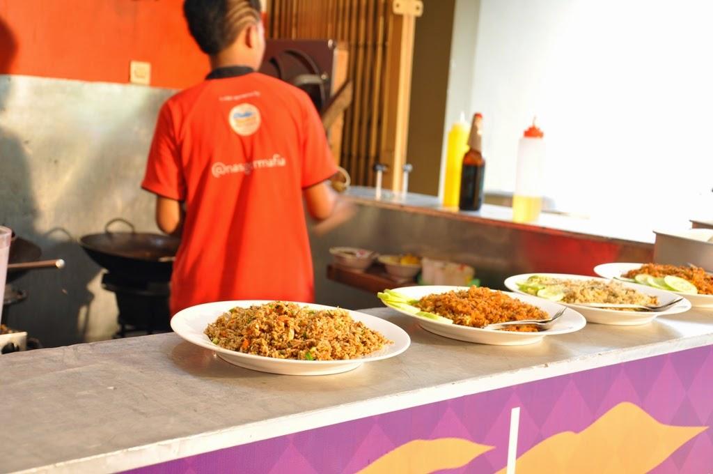 Nasi Goreng Mafia: Pedasnya Bikin Pengin Berantem