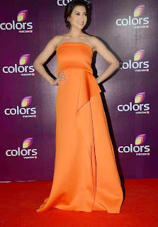 gauhar khan  at colors leadership awards 2015 3.jpg