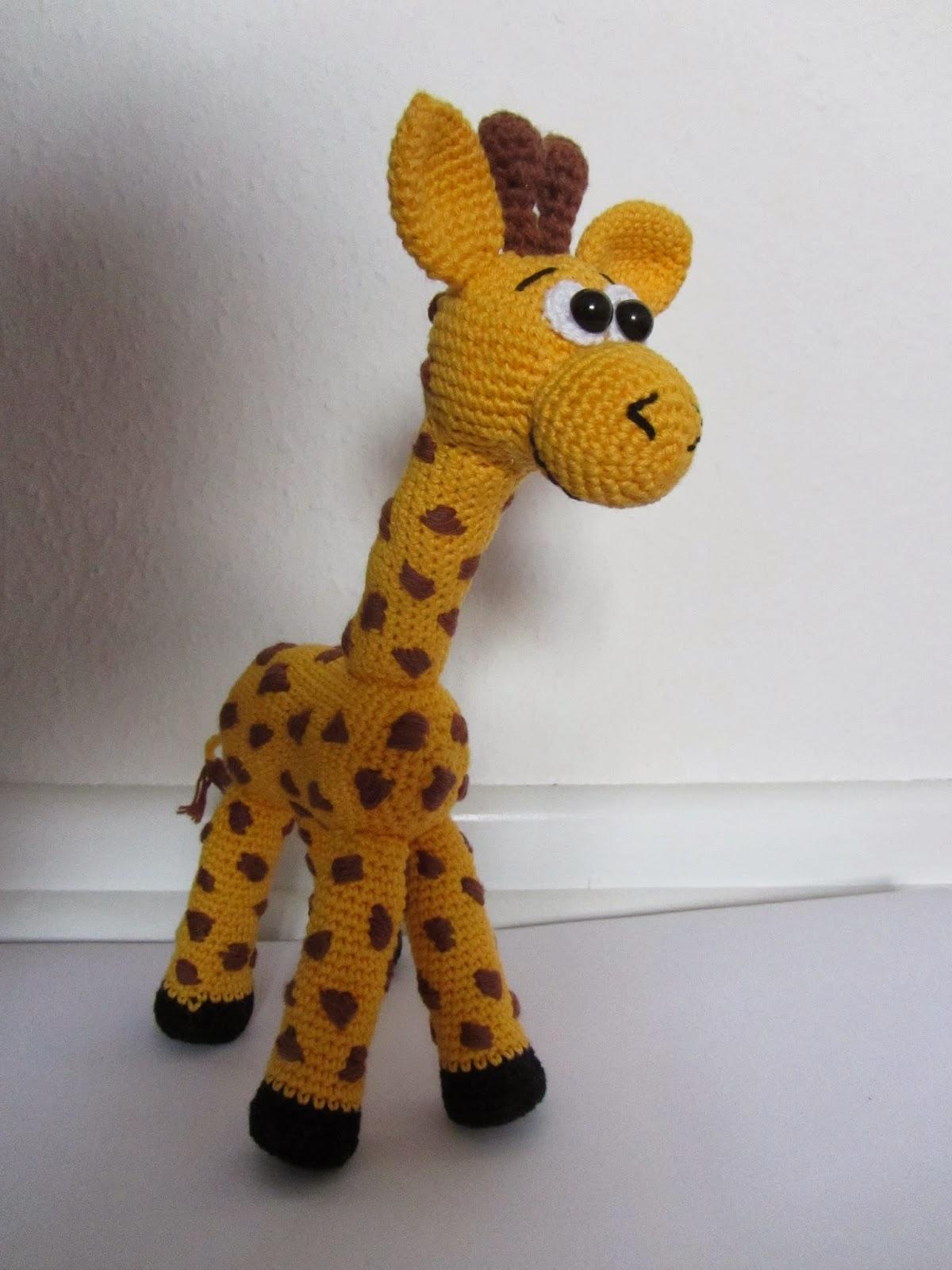 th-INK-colourful: Giraffe gehäkelt
