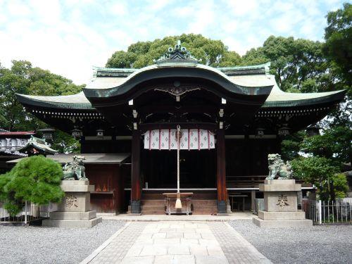 生根神社拝殿