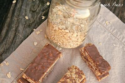 peanut butter cup granola bars
