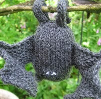 http://www.ravelry.com/patterns/library/flippy-the-bat