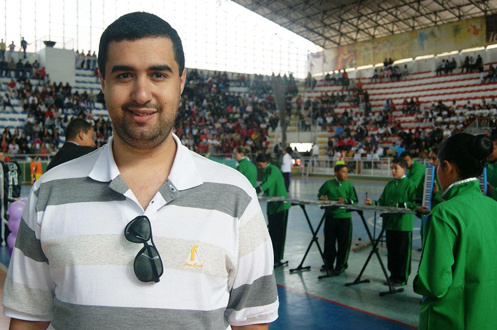 O Secretário de Educação Leonardo Vasconcellos enfatiza o resgate cultural que representa o evento