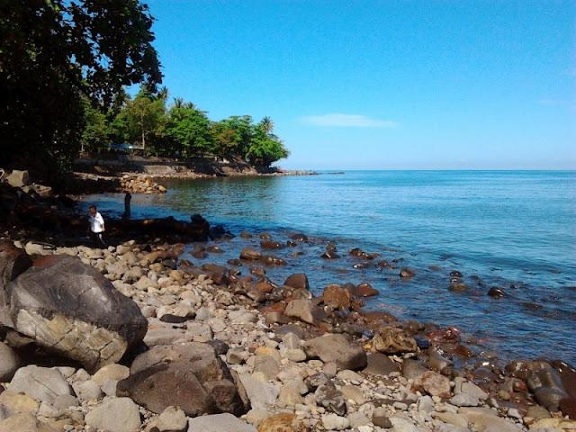 Malalayang Beach
