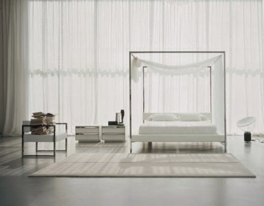 Francis Canopy Bed