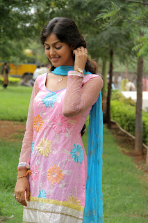 Monal Gajjar latest gorgeous Pictures 004.jpg
