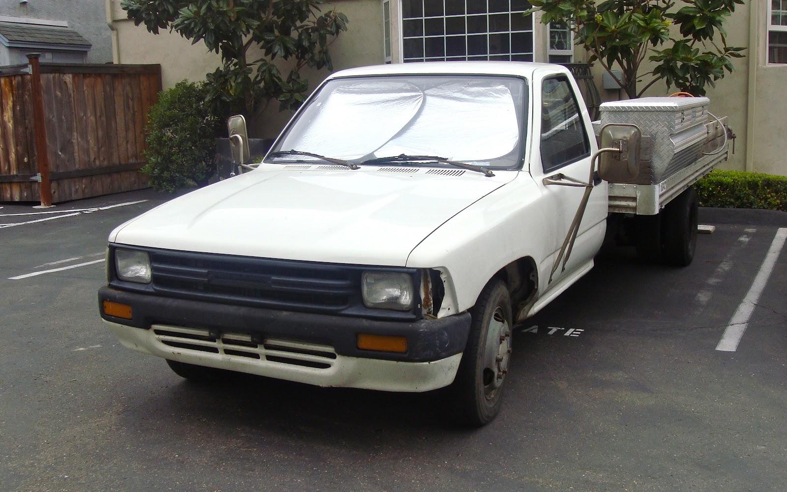 Toyota+1+Ton+Dually_89_5 toyota 1 ton dually truck on isuzu pup wiring diagram