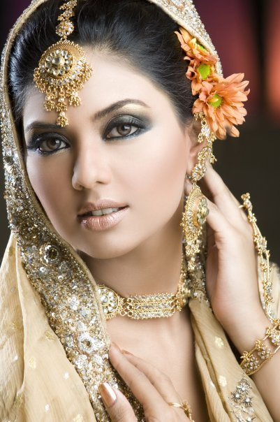 Pakistani Model Face Close up1 - Pakistani Models Face Close up Pics
