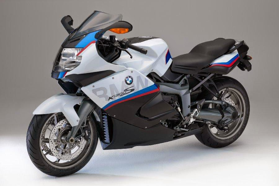 2015 bmw k 1300 s motorsport unveiled autoesque. Black Bedroom Furniture Sets. Home Design Ideas