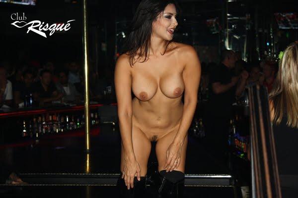 nude women strip tease № 52262