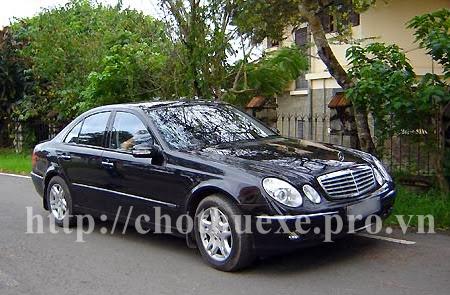 Cho thuê xe Vip Mercedes E280 tại Hà Nội