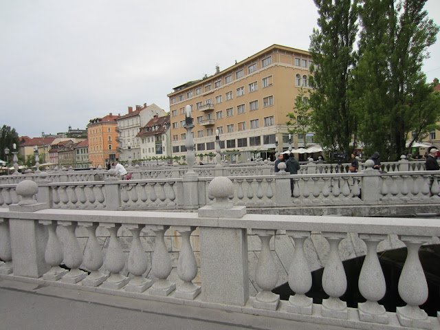 Triple Bridge, Ljubljana, Slovenia / Souvenir Chronicles