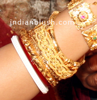 chur gold bangle design