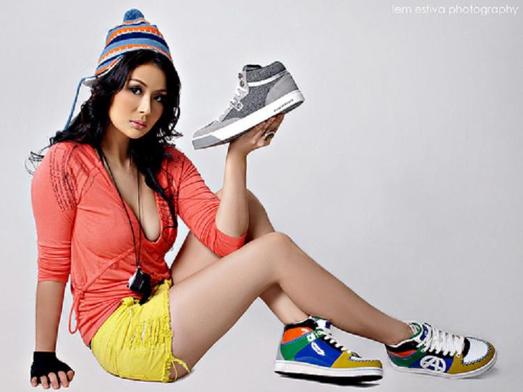 iwa moto sexy shoe model 01