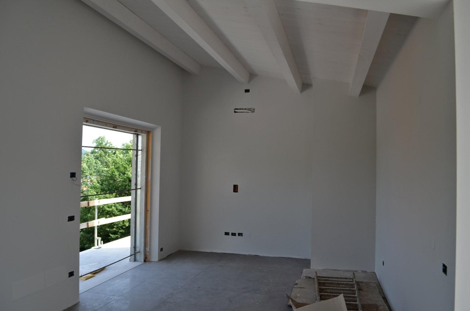 Pareti Colorate Soffitto Bianco : ... con le pareti colorate in grigio ...