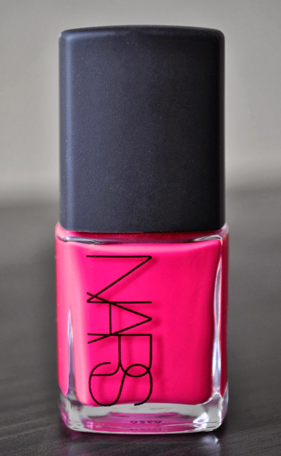 So Lonely in Gorgeous: Never Fit A Polish To The Nails, But Train ...