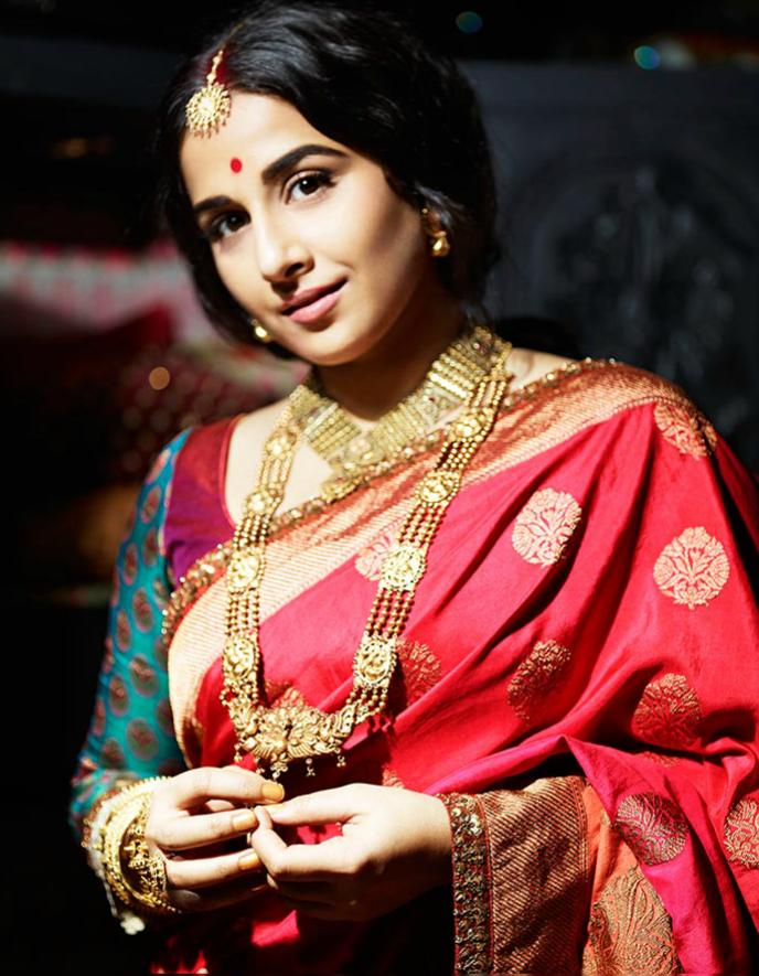 Vidya Balan photoshots in Saree for Filmfare -July 2013 ... Sabyasachi Lakme Fashion Week 2013