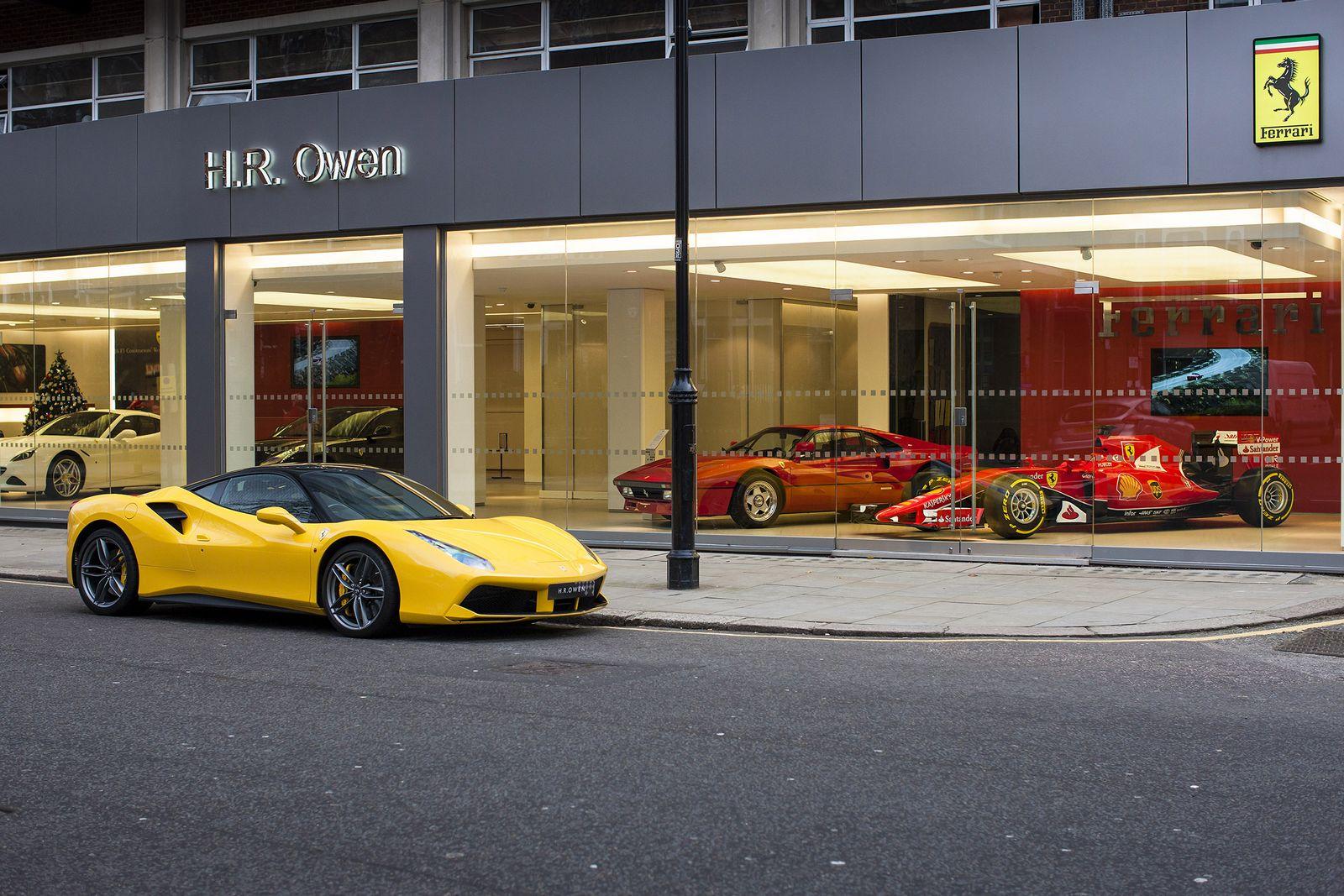 Ferrari Dealership Named World S Best Gets 2015 F1 Car