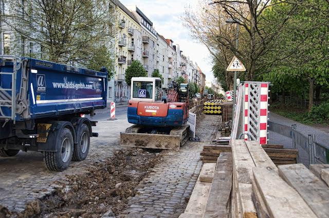 Baustelle Straßenbauarbeiten Gleimstraße 58, 10437 Berlin, 16.04.2014