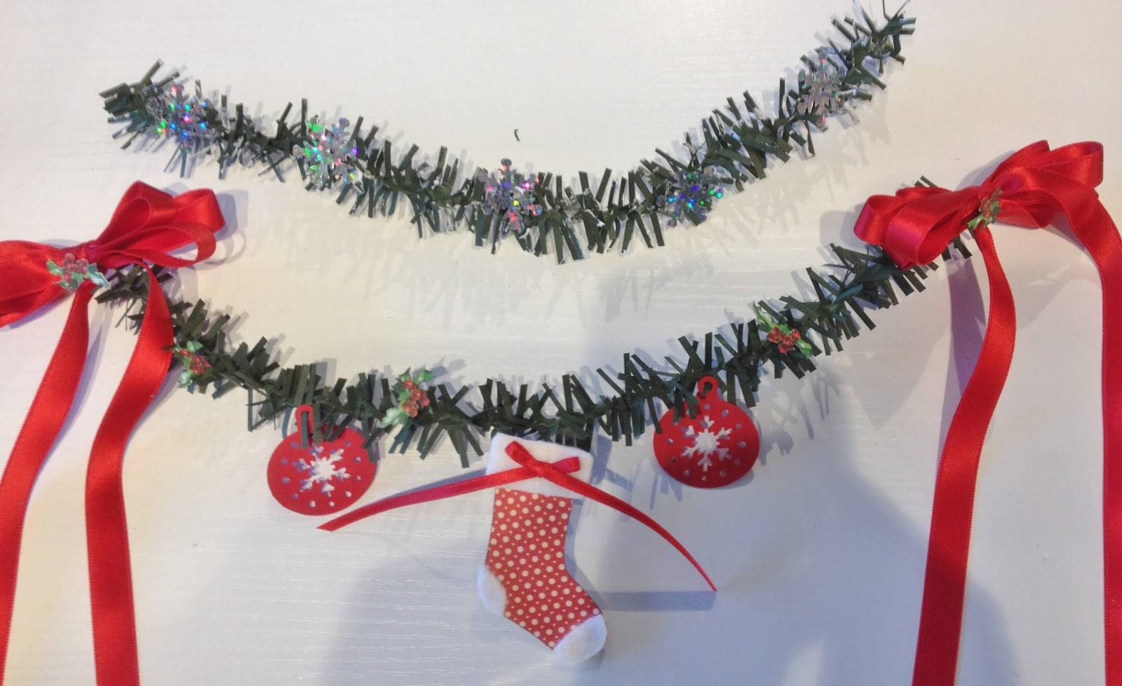 annes papercreations christmas paper garland tutorial