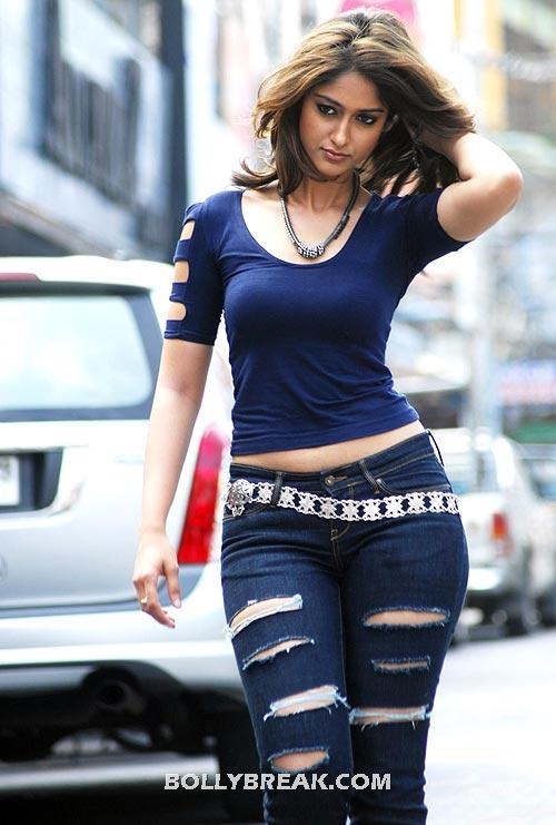, Ileana Barfi Movie Heroine Hot Navel Pics From South
