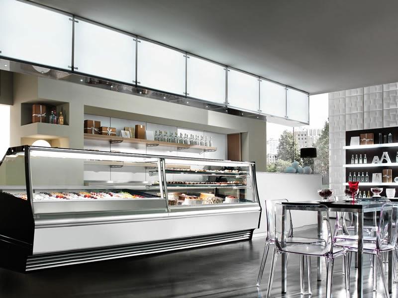 Vetrine pasticceria e gelateria in vendita a napoli for Arredamento vetrine
