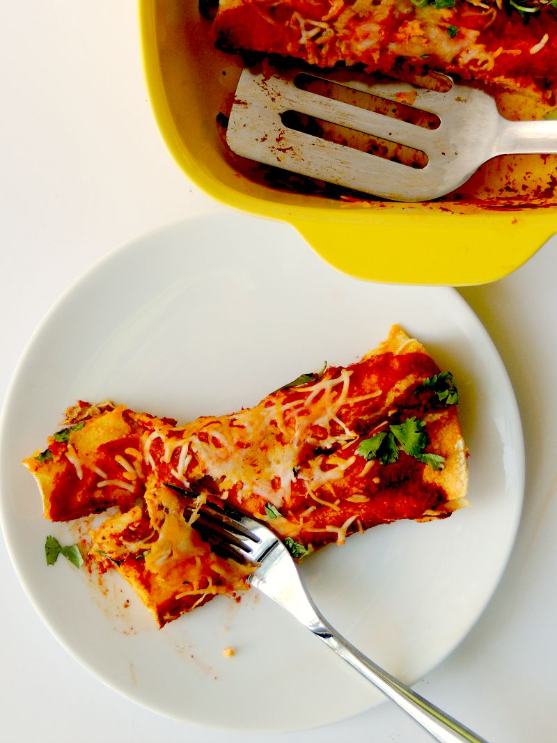 Easy Cheese Enchiladas #SundaySupper