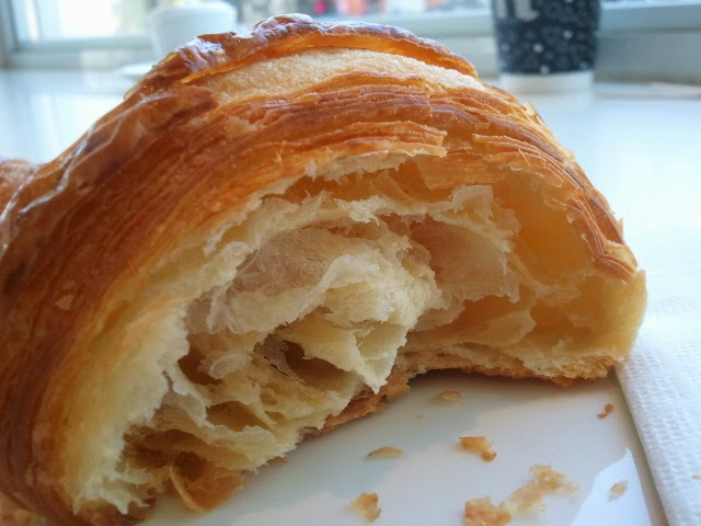 Nadège croissant - uneven, thick layers.