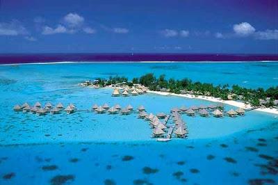 Bora-Bora Island Seen On www.coolpicturegallery.us