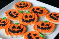 check out these great halloween do it yourself cookie ideas let cake and bake help you create these great ideas with our ready to bake frozen cookie dough - Halloween Bakery Ideas