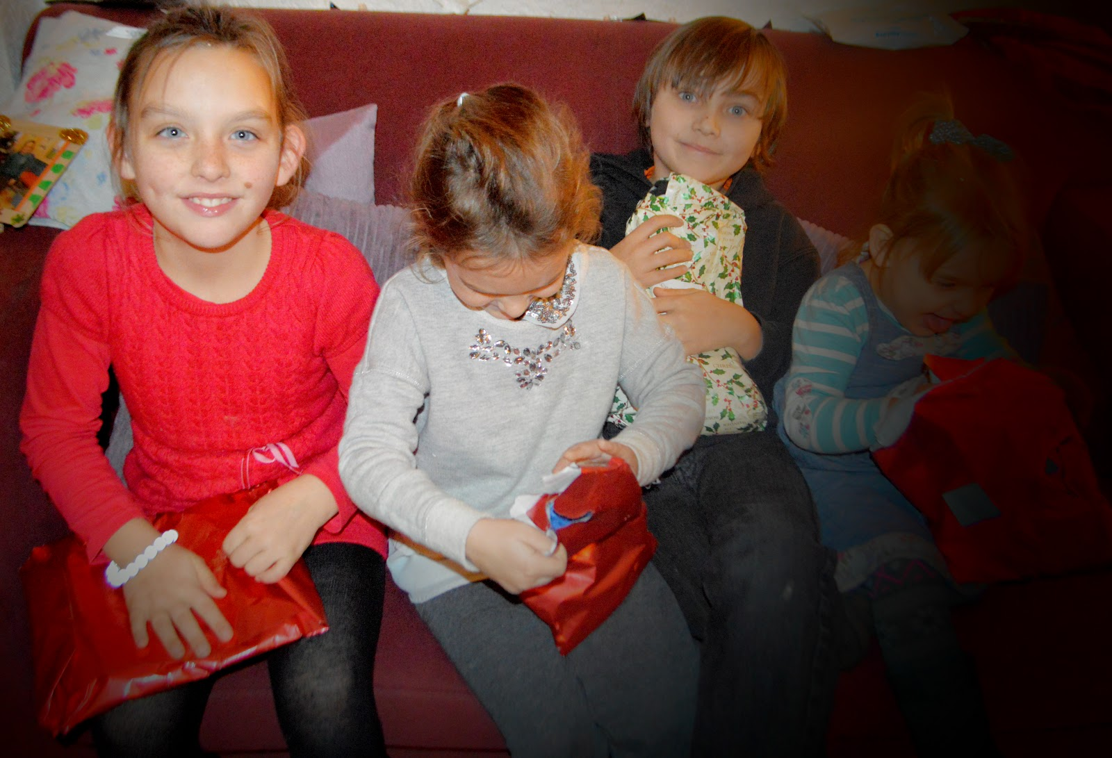 Christmas Eve 2014 UK Traditions Pyjamas, Book and Bath Bomb