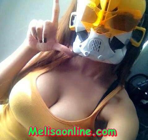 Dela Sari, Cewek Gampangan Suka Pamer Dada Montok (Hot)