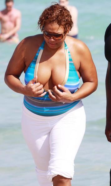 Photo: η Queen Latifah ανήκει στην ...