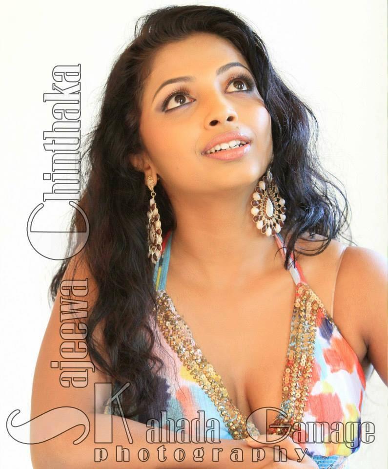Lakshika Jayawardhana gedi deka