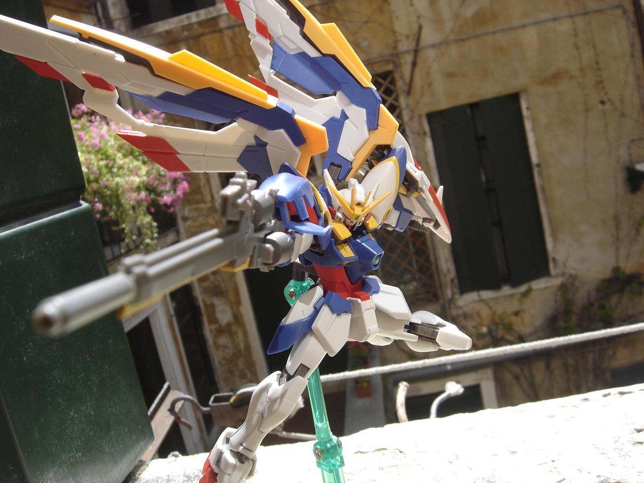 WING GUNDAM EW ROBOT DAMASHII