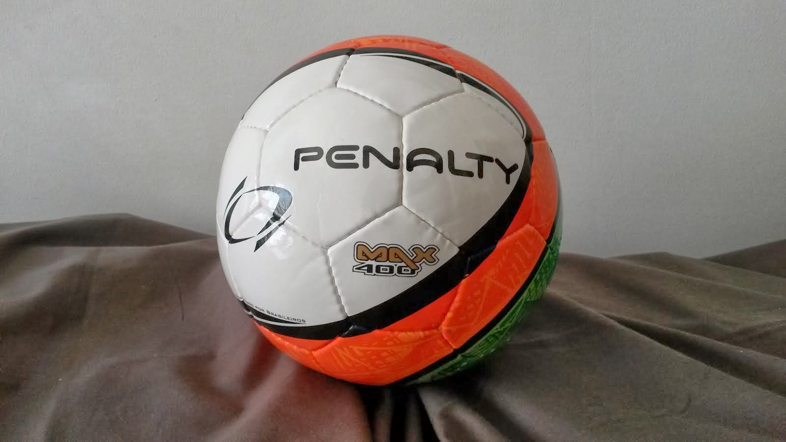 2ª Bola Oficial 2013-2014