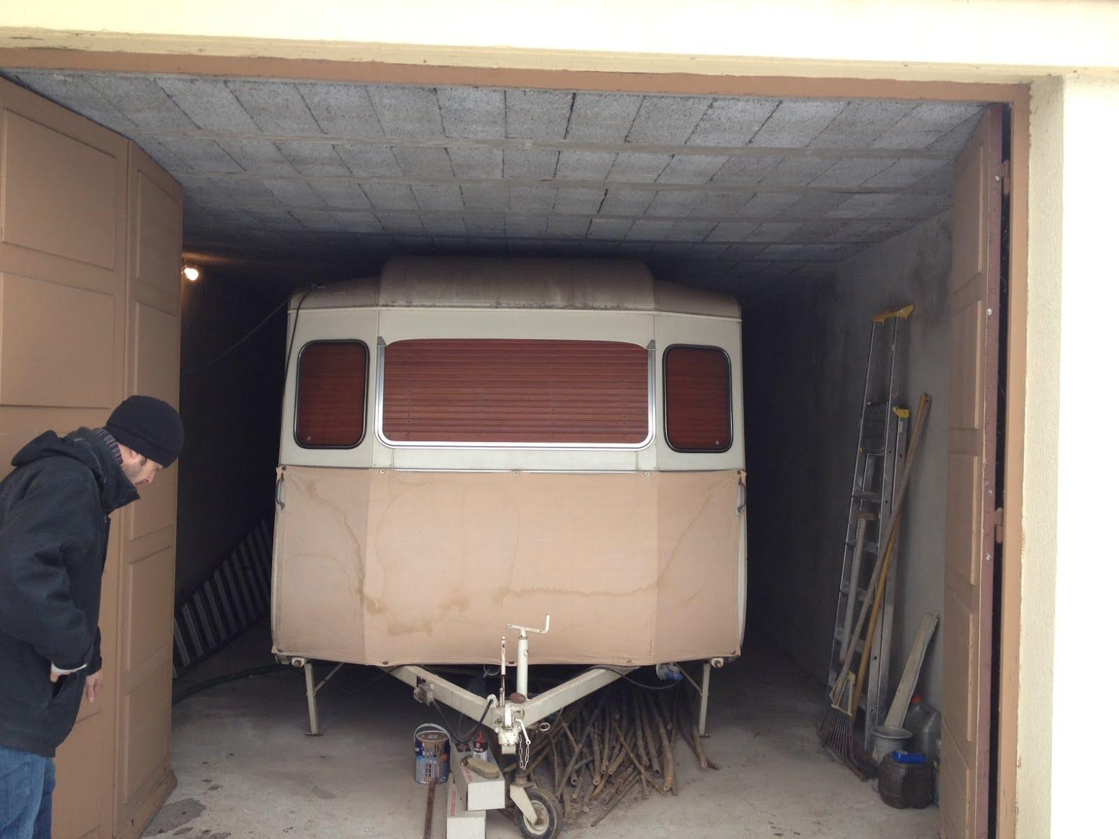refaire une caravane litvide ce quuil va falloir refaire bescheiden refaire douche camping. Black Bedroom Furniture Sets. Home Design Ideas