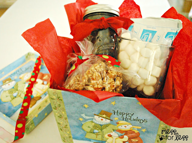 Holiday gift box #shop #EasyGifts #Cbias