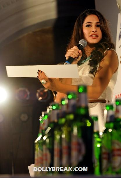 Nargis Fakhri kingfisher party pic - (4) -  Hot Nargis Fakhri at the Kingfisher pre-derby event
