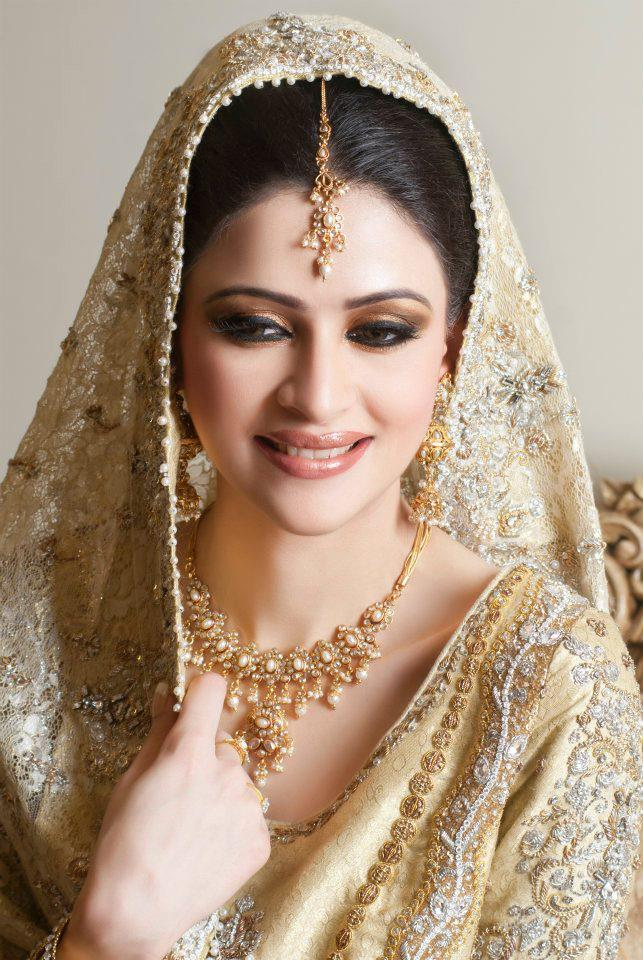 Bridal shoot by Arij fatima