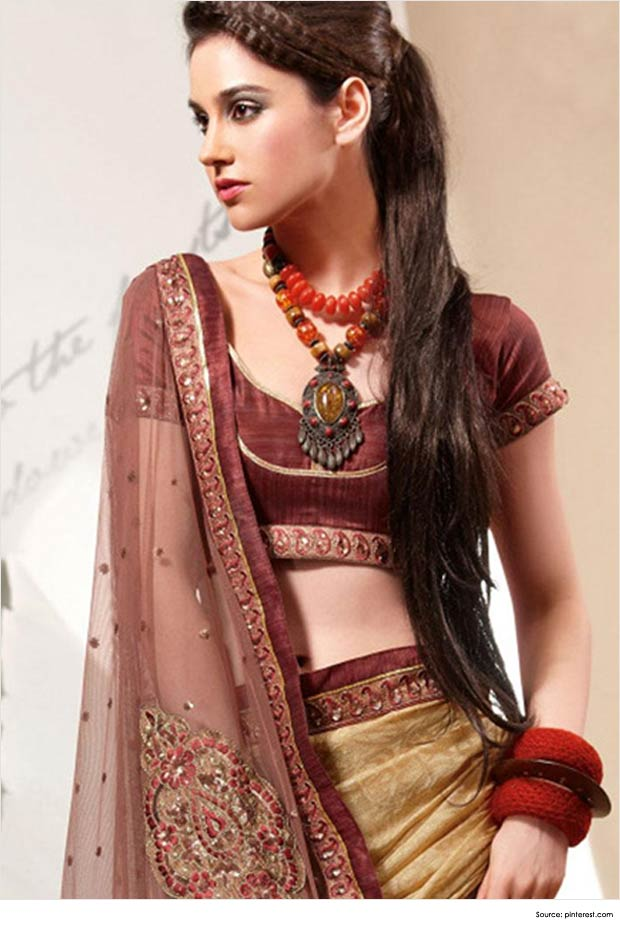 Top 12 Sexy Hairstyles For Sarees Indian Hairstyles New
