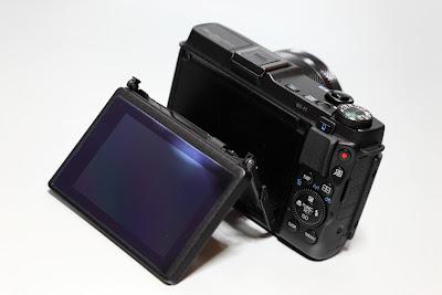 PowerShot G1 X Mark II 背面