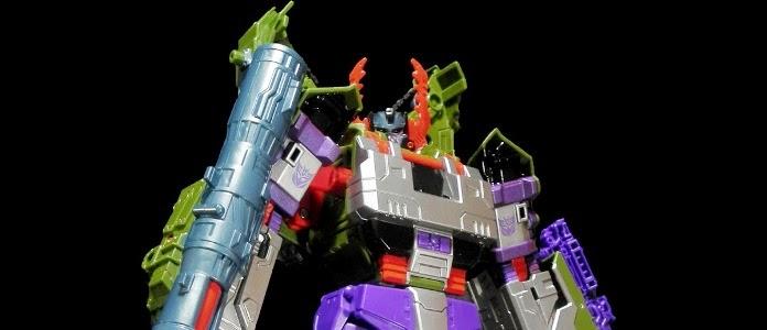 Generations Leader Class Armada Megatron