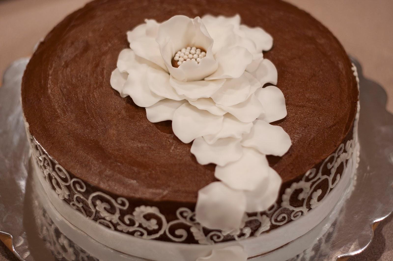 Heathers Sweet Cakes White Rose On Chocolate Birthday Cake