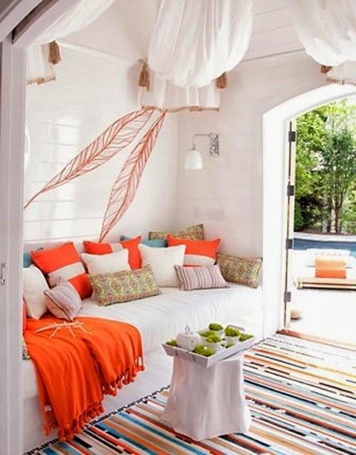 Ein Strandhaus mit leuchtendem Orange - Christine Oertel Interior Design