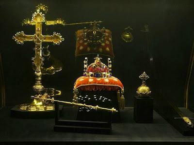 Το πολυτιμότερο αντικείμενο του Βασιλείου της Βοημίας http://leipsanothiki.blogspot.be/